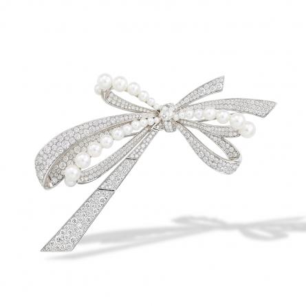 Natural Akoya Pearl & Diamond Brooch