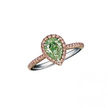 FANCY LIGHT YELLOWISH GREEN DIAMOND RING