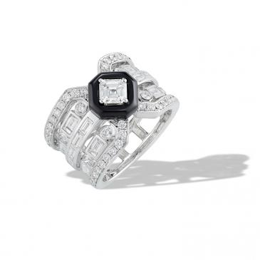 NATURAL ONYX & DIAMOND RING