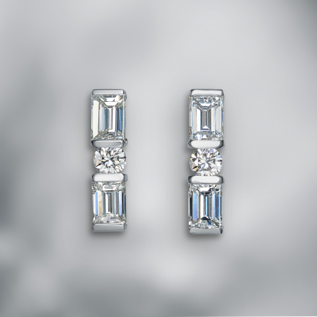 "Diamond Earstuds ""Art Deco"""