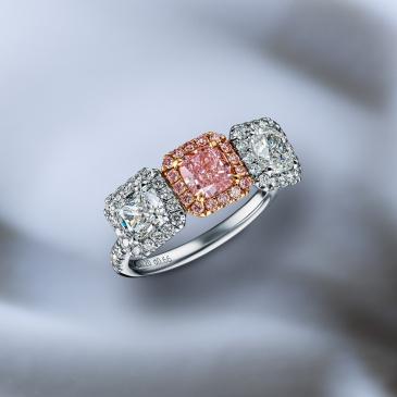 NATURAL LIGHT PINK DIAMOND RING