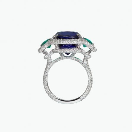 Natural royal blue sapphire & diamond ring